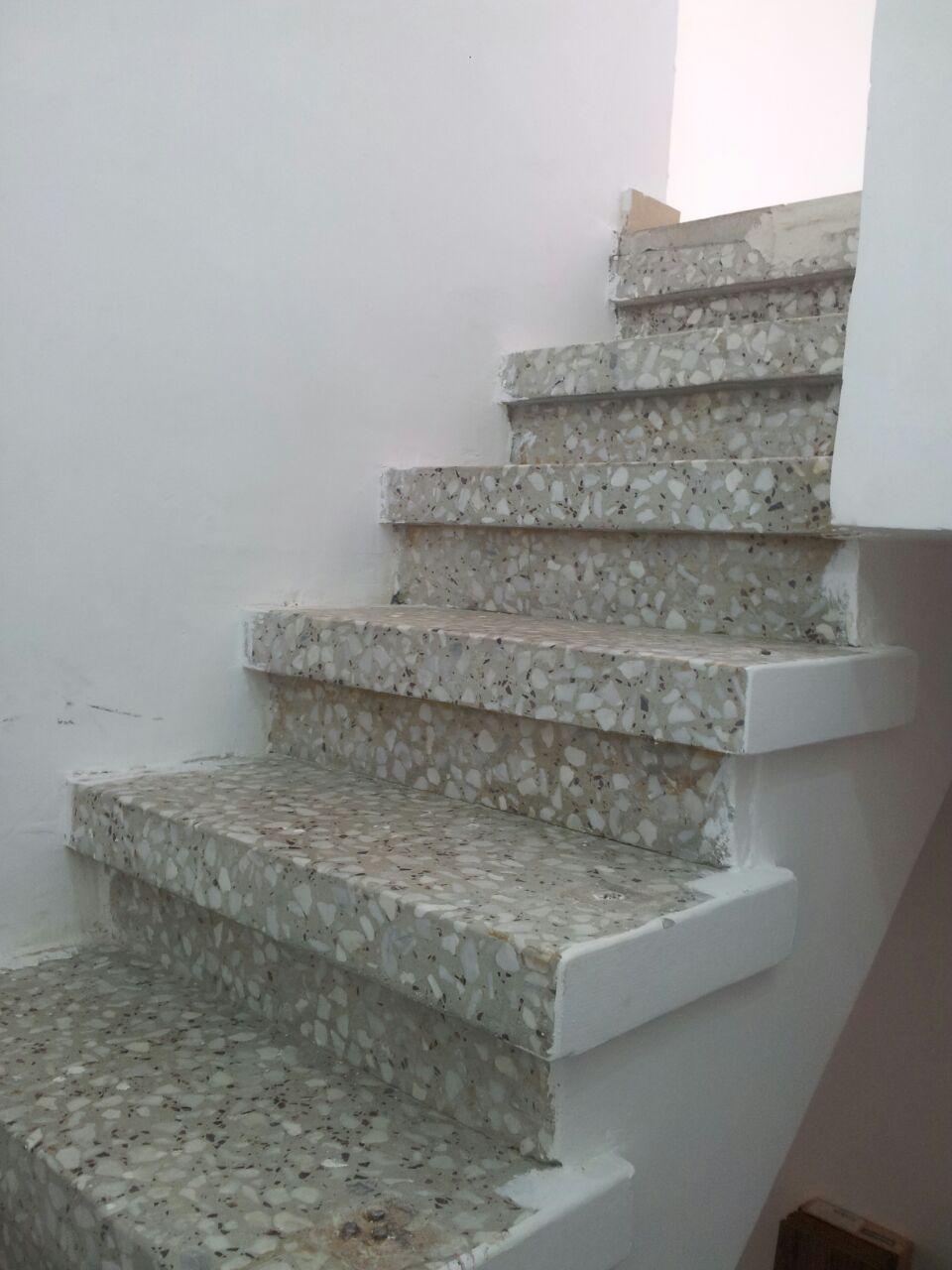 חיפוי מדרגות1.